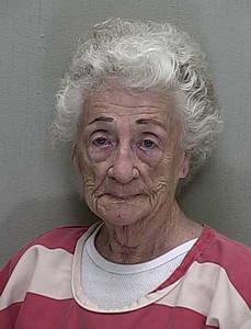 Helen Staudinger, de 92 años, en la foto policial.