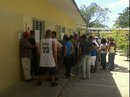 Guanabaneros votan en la Escuela Isabel La Catolica - Foto Armado